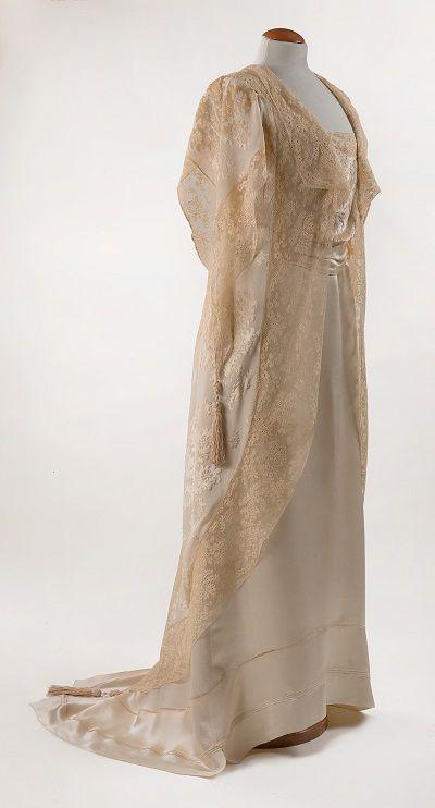 07 b abito del the tea gown