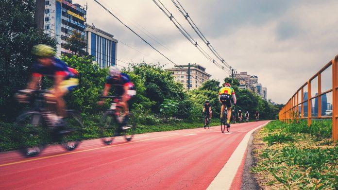 corso racconigi nuova pista ciclabile interventi di restauro